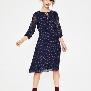 🆕 Boden Iona Dress Size 18 Tall in Shooting Star